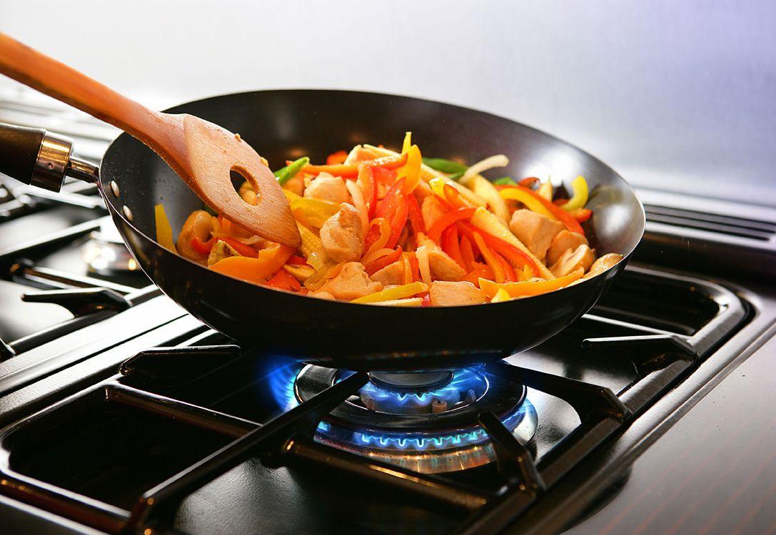 Thiết bị bếp công nghiệp khu vực nấu nướng
