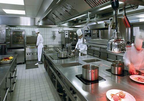 Mẫu thiết kế nhà bếp kiểu ốc đảo