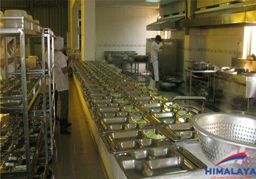mô hình bếp ăn công nghiệp đạt chuẩn