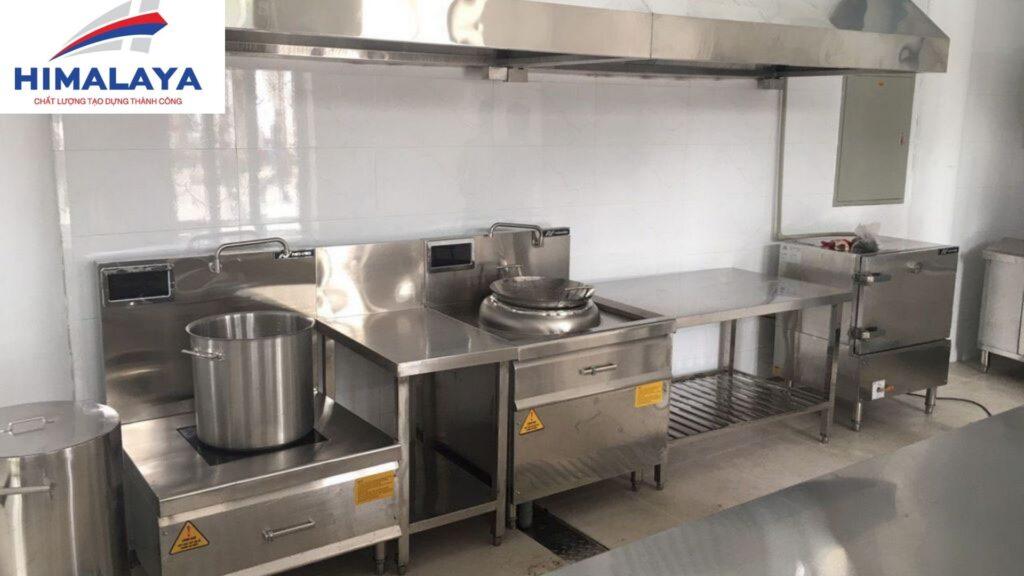 Bếp inox công nghiệp nhà hàng