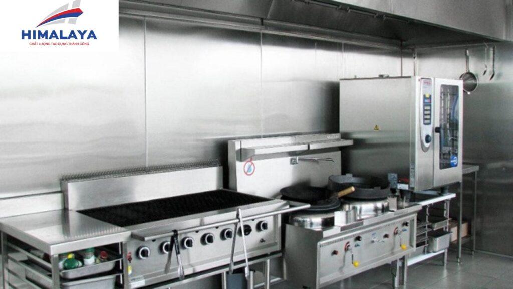 Lựa chọn thiết bị bếp inox công nghiệp