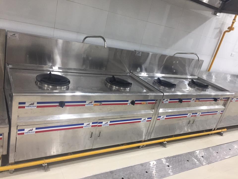 Cách chọn bếp á công nghiệp 4 họng